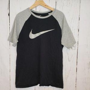 Nike Athletic cut tee in black & grey large
